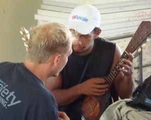 Motu teaching ukulele